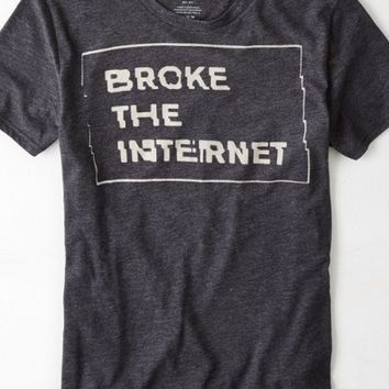 AEO Men's Broke The Internet Graphic T-shirt (Black)
