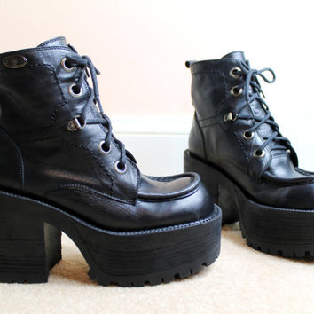 90s RARE Grunge Black Leather Chunky Platform Lace Up Buffalo Combat Boots UK 5 / US 7.5