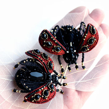 Ladybug brooch red black handcrafted Lady cow summer wedding jewelry Ladybird beetle insect art Bridesmaid gift pin small Ladybug brooch