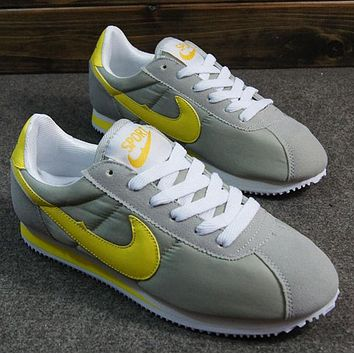 NIKE Cortez Forrest gump lovers shoes running shoes running shoes Grey yellow hook
