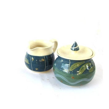Vintage pottery cream and sugar set. Blue and white ceramic. Handmade pottery. Farmhouse pottery. Ceramic creamer and sugar bowl.