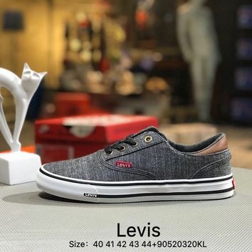 Levis Men's cowboy canvas Gray White shoes
