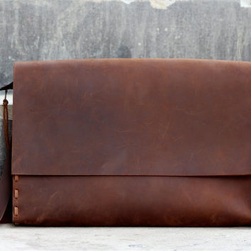 Leather Messenger Bag / Satchel / Handbag / Laptop / Shoulder / Hip / Purse / Travel / School Bag