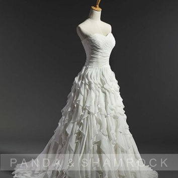 Lavina/wedding gown/bridal dress/bride/custom made/plus size//fishtail/train/elegant/sexy/sweetheart neckline