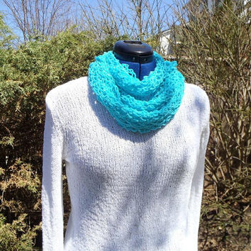 Blue Infinity Scarf - Crochet - Cowl Necklace - Turquoise Circle - Closed Loop - Spring Fall