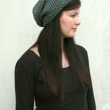 Woman's slouchy hat, Gray Slouchy hat, Woman's winter hat, slouchy beanie, warm accessory, crochet hat, grey gray, made to order