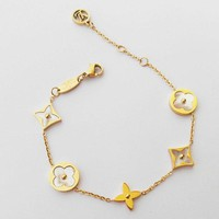 Louis Vuitton LV Woman Fashion Geometry Plated Chain Bracelet