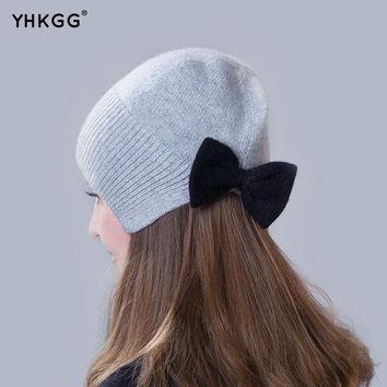 PEAPUNT 2016 brand new thin section thin section elegant ear cap with a bow Knitting beanies Pom Pom Hat