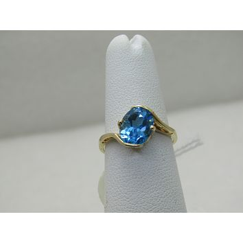 10kt Swiss Blue Topaz Ring, Sz. 6.5, Bypass