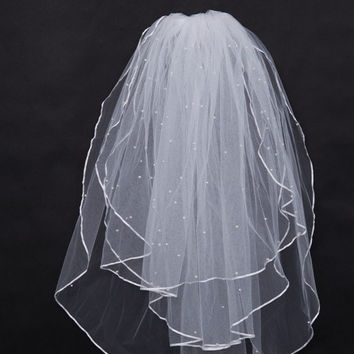 Graceful Elbow Wedding Bridal Veil with Scalloped Edge