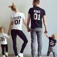 Family King Queen Letter Shirt,100% Cotton tshirt Mother and Daughter father Son Clothes Matching Princess Prince 1-6Y