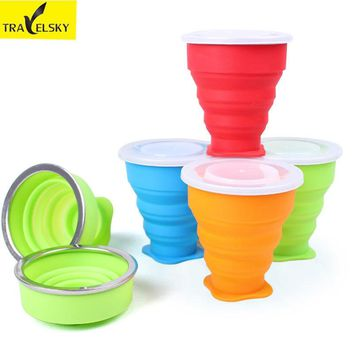 Travel Accessories Portable Creative Silicone Folding Cups Travel Telescopic Cup Mini Gargle Cup with A Cover on It