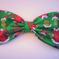 Grinch hair bow, Dr seuss hair bow, girls hair bow, The grinch bow, fabric hair bow, girls hair bow, girls hair clip, the grinch hairbow