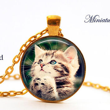 your pet personalized Pendant Custom Pet Necklace Photo of Your Cat Dog Bird Fish Your Pet Photo Pet Memorial Custom Pendant Cat Lover