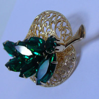Vintage Brooch Leaf  Emerald Green Juliana Style Rhinestone