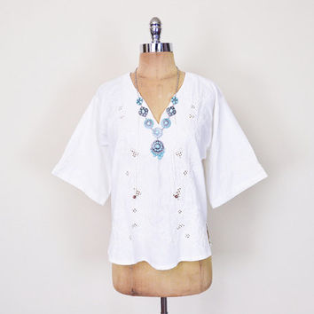 White Mexican Shirt 70s Mexican Blouse Mexican Top Mexican Embroider Blouse Embroider Shirt Embroider Top Embroider Tunic 70s Hippie Boho M