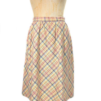 1970s Wool Plaid Skirt / Knee Length Skirt / Office Fashion / Spring Easter / Womens Vintage Skirt / Size Small