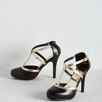Pinup Glitz Me When I'm Gone Heel in Noir