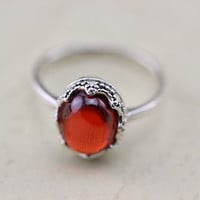 ruby crown bezel Design Cabochon Ring