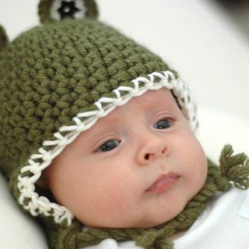 Green  Frog Hat by beliz82 on Etsy