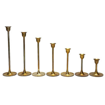 Brass Graduated Candlesticks Set of 7 Tulip Base Vintage Stair Step Candle Holder Lot Gold Mid Century Style Wedding Table Centerpiece Decor