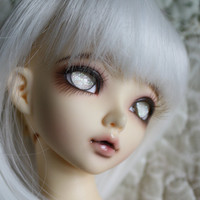 BJD eyes available in 12/14/16/18/20/22/24mm Snow Child made to order