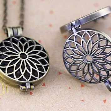 Lotus Flower Filigree Large Locket-Aromatherapy locket-Essential Oil Diffuser Locket Pendant-Prayer Box-Filigree Locket Pendant-2 Color