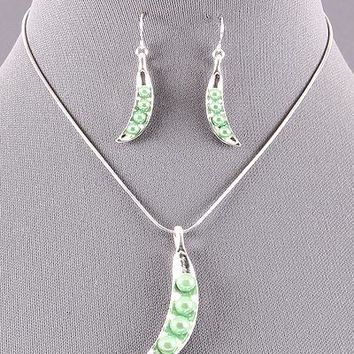 Peas in a Pod Necklace Set