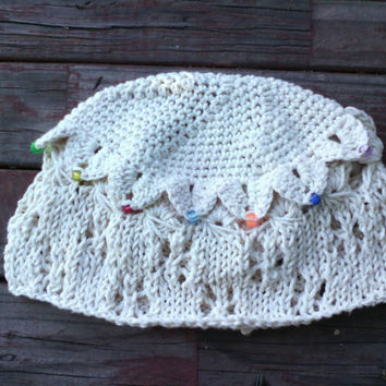 Lacy Stars, Crocodile Scales, and Broomstick Lace knit and crochet cloche with beads
