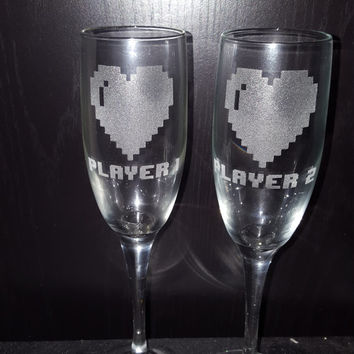 Etched Pixelated Heart Champagne Flutes with Player 1 and Player 2 ~ Wedding ~ Gamer Wedding