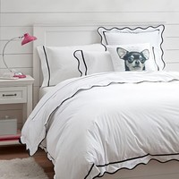 Vienna Scallop Duvet Cover + Sham, Black