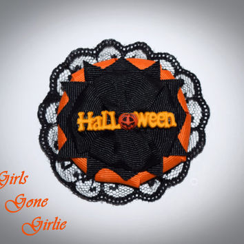 Halloween hair bow , orange and black bow , baby Halloween , girl Halloween bows , toddler Halloween bow , black lace , hair clip