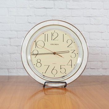 Vintage 1980s Harris & Mallow Verichron Wall Clock White Faux Marble and Gold / Model 700819 / Modern Hollywood Regency Decor