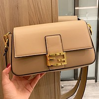 Fendi New fashion solid color leather shoulder bag crossbody bag Apricot