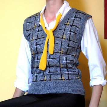 Vintage Sweater Vest Grey Shirt 1990s 90s Style Shirt with Yellow Tie Plaid Pattern Women Gray Jumper