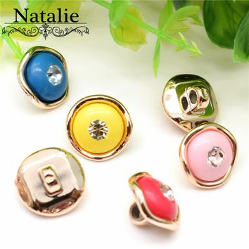 50pcs 13mm rhinestone Solid color buttons mixcolor acrylic crystal buttons for women overcoat sweater garment embellishments