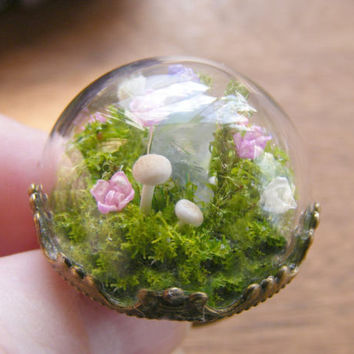 Quartz ring, moss terrarium ring, mushroom ring, gift for her, quartz point, healing crystal, gift from Ireland, nature ring, globe ring