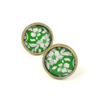 Green and White Spring Floral and Leaves Pattern by MistyAurora