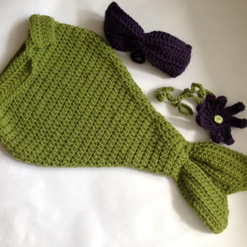 Handmade Crochet Little Mermaid set (Mermaid tail, top and headband), baby girl photo drop, Ariel inspired Mermaid set.