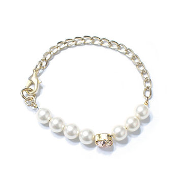 Swarovski crystal bracelet, Pearl bracelet, Gold plated chain, womens fashion bracelet accessory