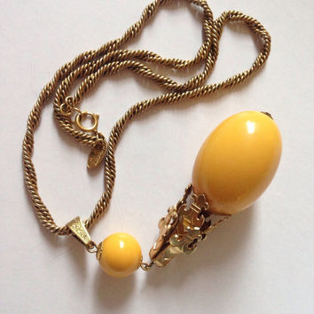 Rare goldtone Miriam Haskell necklace with a stunning yellow bead drop.
