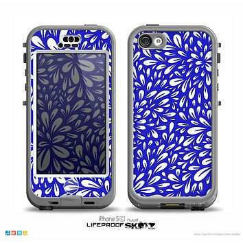 The Royal Blue & White Floral Sprout Skin for the iPhone 5c nüüd LifeProof Case