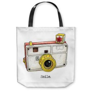 https://www.dianochedesigns.com/tote-bags-marley-ungaro-toys-camera-smile.html