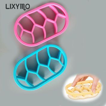 LIXYMO 1pc Caesar bread Molds Fan Shaped Pastry Cutter Dough Cookie Press Bread Cake Biscuit Moulds Kitchen Pastry Baking Tools