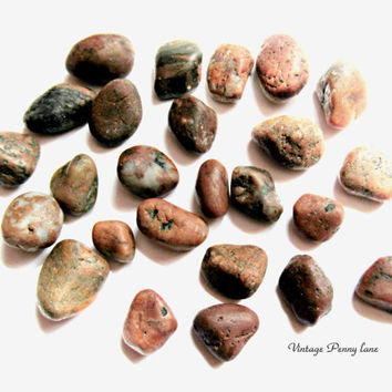 Lot Small Red / Jasper Beach Pebbles, Rocks, Stones, Lake Ontario