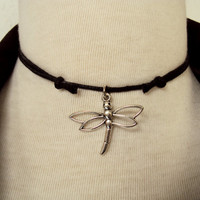 Dragonfly Choker ~ Dragonfly Necklace ~ Insect Necklace ~ Wildlife Jewelry ~ Black Choker ~ 90s Choker Necklace ~ Fashion Jewelry ~ Gift