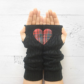 VALENTINE'S DAY Gift, Heart Gloves, Arm Warmers, Black, Plaid Heart, Long Gloves, Valentine's Gift, Romantic Gift, Gift For Her, Fingerless