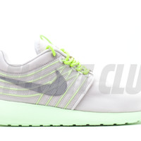 rosherun dyn fw qs - Roshe Run - Nike Running - Nike | Flight Club