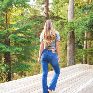 levis jeans - 28 29 Waist Levi Jeans - 90s Mid Rise Flare Jeans - High Waisted Jeans -  Dark Wash Denim - Women's Jeans Small Medium