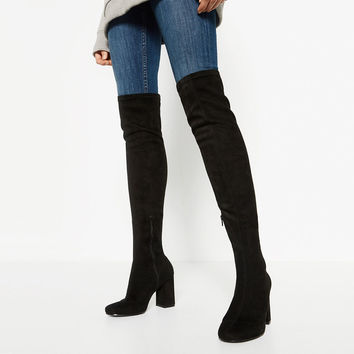 STRETCH LEG HIGH HEEL BOOTS DETAILS